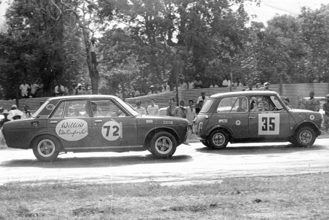 Willie Hassell chases Terry Angoy BP 1970s